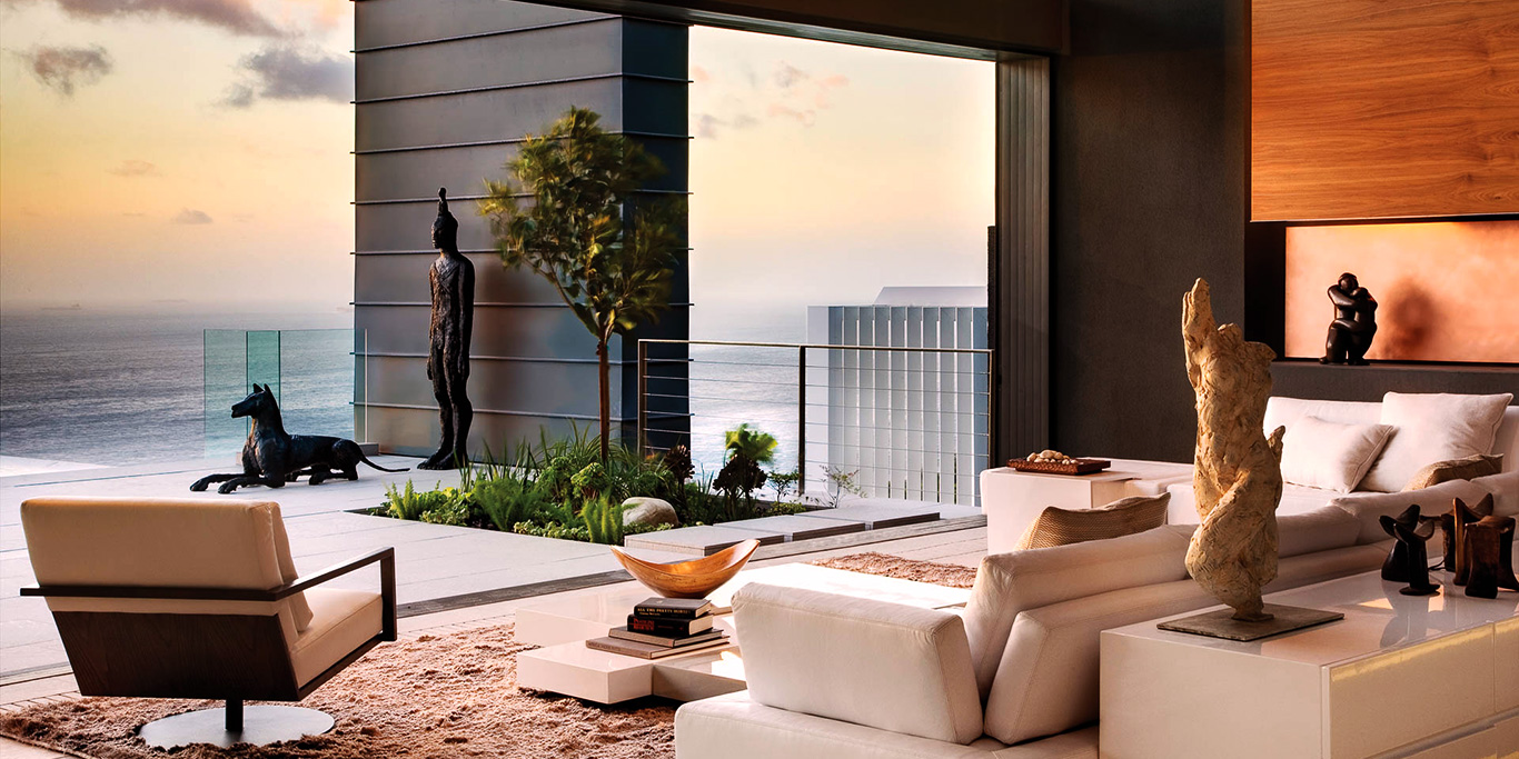 Clifton Villa Lounge Area