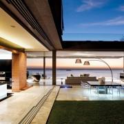 Luxury Villa In Clifton