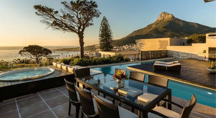 Spectacular Outdoors Serenity Villa
