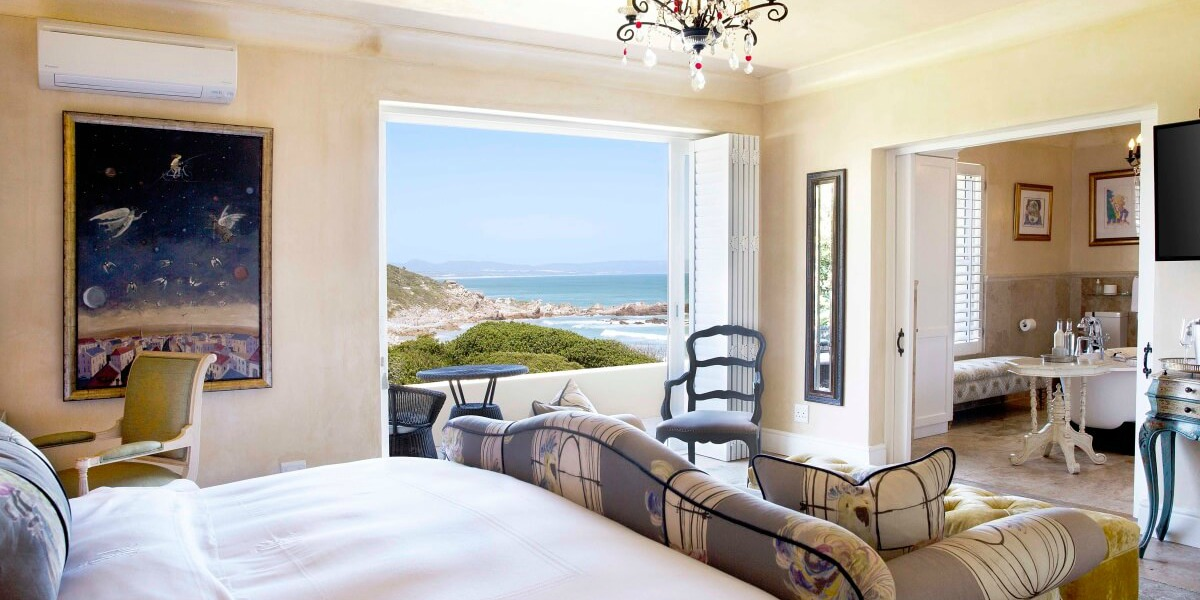 Luxurious Bedroom at Hermanus