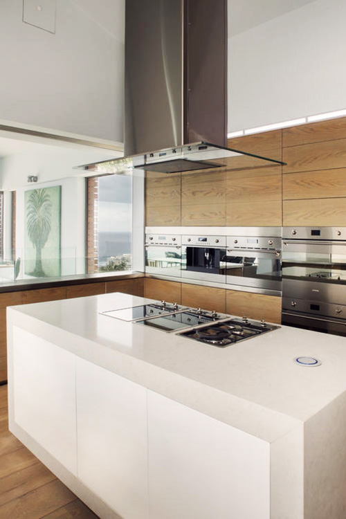 Luxury-Kitchen-at-Ellerman-Villa-k