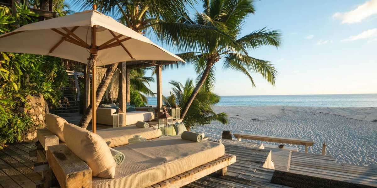 African Luxury Villa Holiday: Safari, Private Island & Cape Town