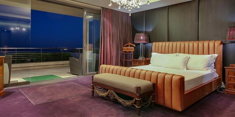 Luxury Villa Bedroom in Fresnaye