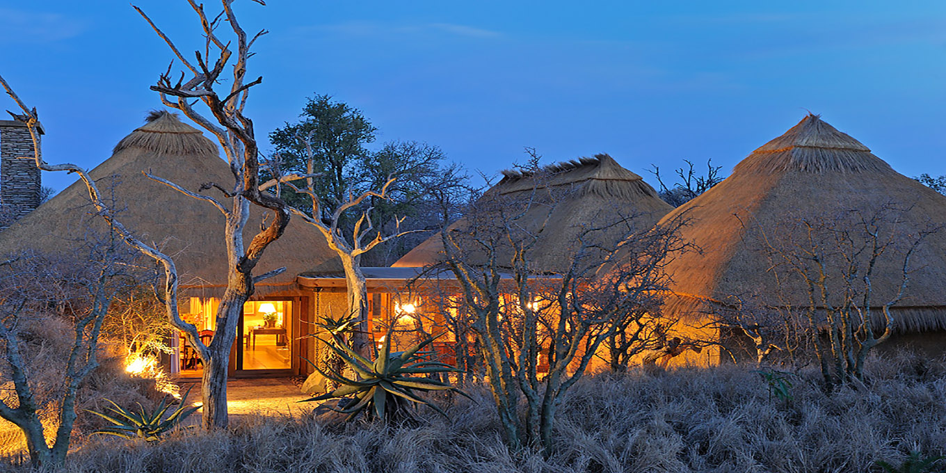 Nightfall at Camp Jabulani Zindoga Villa at Kapama Game Reserve